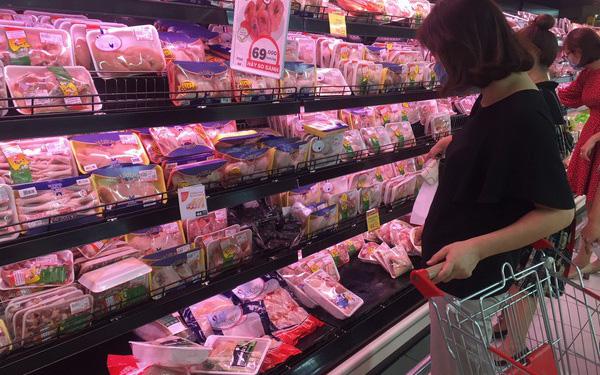 Hệ thống siêu thị là một trong những đơn vị cung cấp thịt gà ta sạch, đảm bảo.