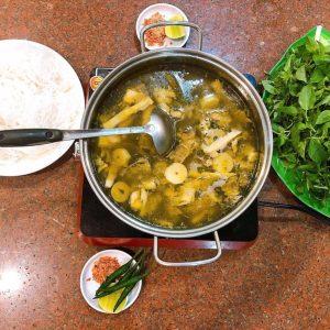 Cách ăn lẩu gà lá é cũng phải chuẩn gu thì mới cảm nhận hết được cái ngon của món ăn